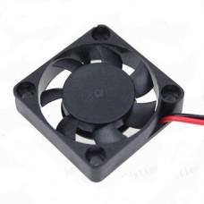 Вентилятор 5010D5HS 5V, 0.3А, 1.2W 5300 RPM±10% 32.0dB(A) подшипник скольжения